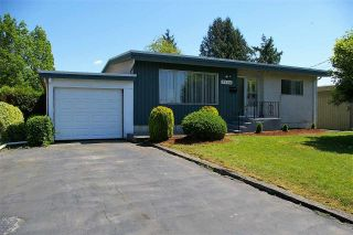 Photo 1: 9564 MENZIES Street in Chilliwack: Chilliwack E Young-Yale House for sale : MLS®# R2169143