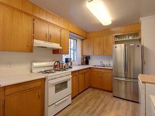 Photo 10: 16135 108 Avenue in Edmonton: Zone 21 House for sale : MLS®# E4264436