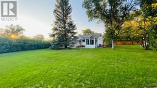 Photo 3: 104 24 Street NW in Drumheller: House for sale : MLS®# A1141028