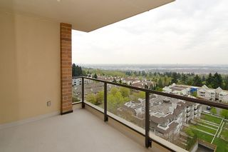 Photo 11: 1201 6823 STATION HILL Drive in Burnaby: South Slope Condo for sale (Burnaby South)  : MLS®# V961615