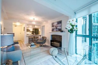 Photo 10: 901 1188 HOWE STREET in Vancouver West: Home for sale : MLS®# R2031135
