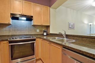 """Photo 5: 207 2280 WESBROOK Mall in Vancouver: University VW Condo for sale in """"KEATS HALL"""" (Vancouver West)  : MLS®# R2577434"""