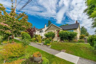 Photo 2: 321 STRAND Avenue in New Westminster: Sapperton House for sale : MLS®# R2591406