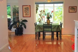 Photo 5: 1462 Cardinal Lane in White Rock: Home for sale