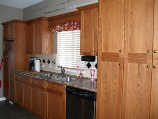 """Photo 2: 32624 STEPHEN LEACOCK DR in ABBOTSFORD: Abbotsford East House for rent in """"AUGUSTON"""" (Abbotsford)"""