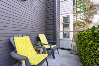 "Photo 14: 203 118 W 22ND Street in North Vancouver: Central Lonsdale Condo for sale in ""The Sentry"" : MLS®# R2575769"