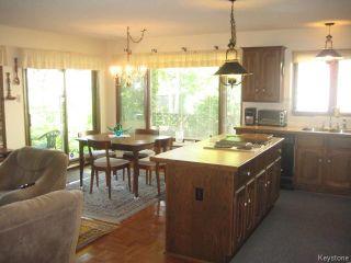 Photo 6: 422 Bonner Avenue in WINNIPEG: North Kildonan Residential for sale (North East Winnipeg)  : MLS®# 1529206