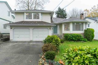 Photo 1: 6022 180 Street in Surrey: Cloverdale BC House for sale (Cloverdale)  : MLS®# R2521614