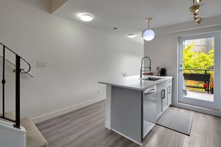 """Photo 5: TH106 1855 STAINSBURY Avenue in Vancouver: Victoria VE Townhouse for sale in """"THE WORKS"""" (Vancouver East)  : MLS®# R2624701"""