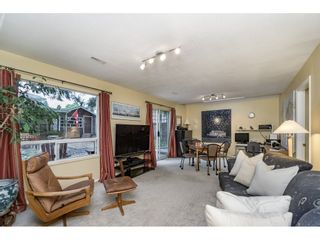 Photo 14: 14779 RUSSELL Avenue: White Rock House for sale (South Surrey White Rock)  : MLS®# R2171481
