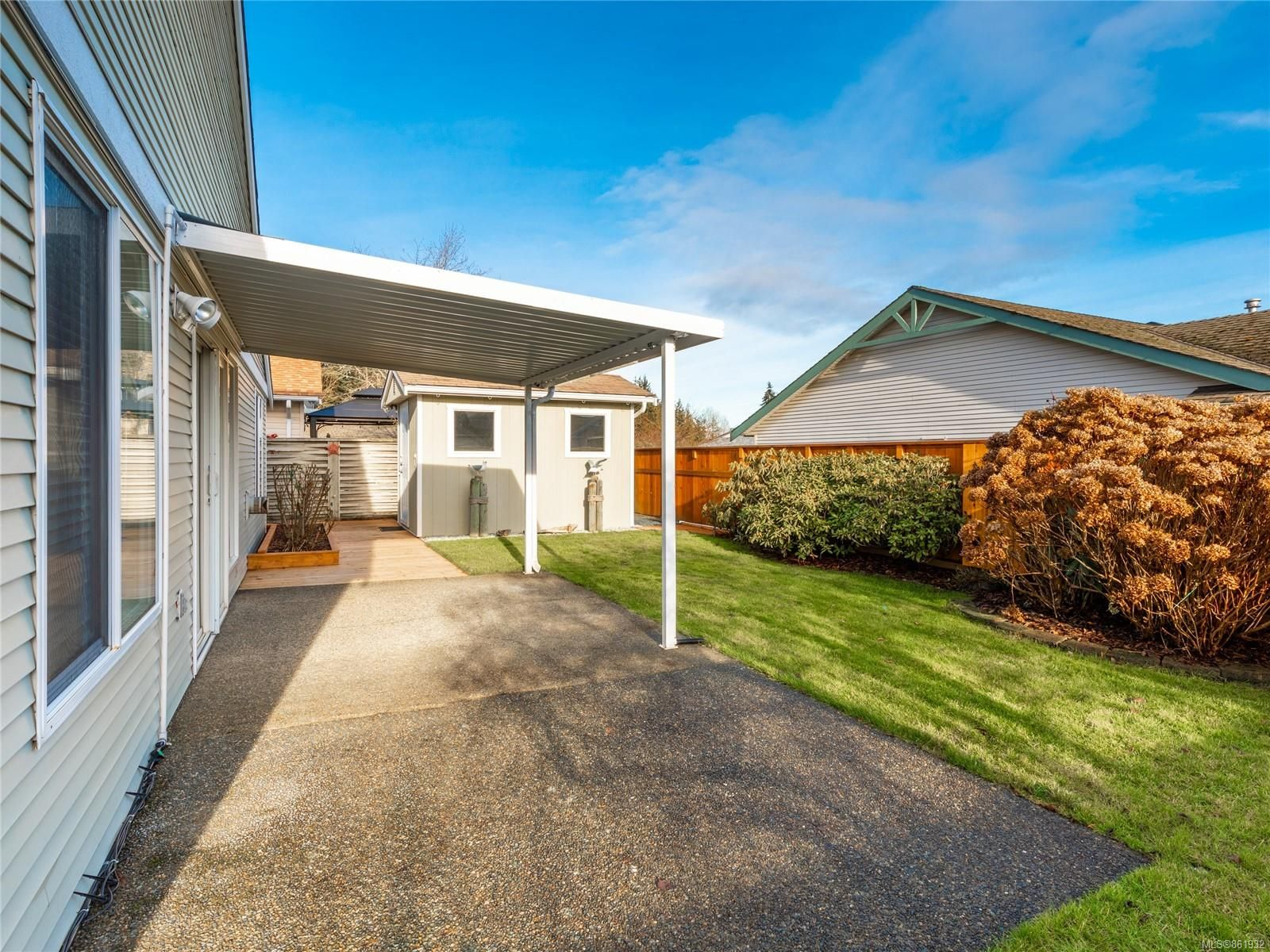 Photo 12: Photos: 300 Church Rd in : PQ Parksville House for sale (Parksville/Qualicum)  : MLS®# 861932