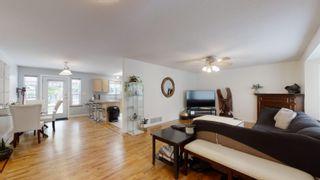 Photo 5: 1559 PARK Avenue: Roberts Creek House for sale (Sunshine Coast)  : MLS®# R2613701