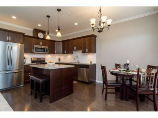 Photo 9: 6854 208 STREET in Willoughby Heights: Home for sale : MLS®# R2053124