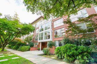 "Photo 1: 202 2268 W 12TH Avenue in Vancouver: Kitsilano Condo for sale in ""THE CONNAUGHT"" (Vancouver West)  : MLS®# R2512277"
