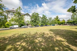 "Photo 16: 415 7089 MONT ROYAL Square in Vancouver: Champlain Heights Condo for sale in ""CHAMPLAIN VILLAGE"" (Vancouver East)  : MLS®# R2394689"