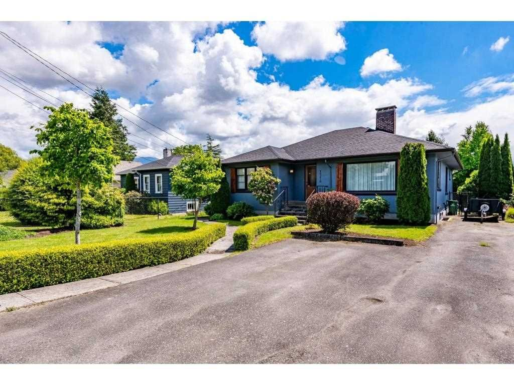 Main Photo: 46276 MARGARET Avenue in Chilliwack: Chilliwack E Young-Yale House for sale : MLS®# R2590889
