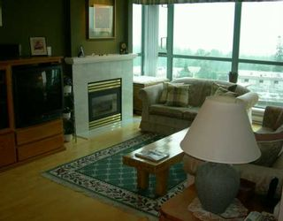 """Photo 2: 706 6622 SOUTHOAKS CR in Burnaby: Middlegate BS Condo for sale in """"THE GIBRALTER"""" (Burnaby South)  : MLS®# V595157"""