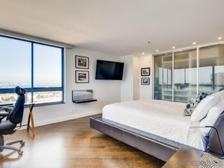 Photo 15: DOWNTOWN Condo for sale : 1 bedrooms : 700 Front St #1204 in San Diego