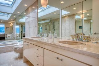 """Photo 27: 3281 POINT GREY Road in Vancouver: Kitsilano House for sale in """"ARTHUR ERIKSON"""" (Vancouver West)  : MLS®# R2580365"""