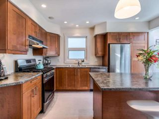 Photo 9: 1606 E 10TH Avenue in Vancouver: Grandview Woodland House for sale (Vancouver East)  : MLS®# R2579032