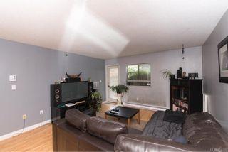 Photo 9: 104 2747 Quadra St in : Vi Hillside Condo for sale (Victoria)  : MLS®# 804216