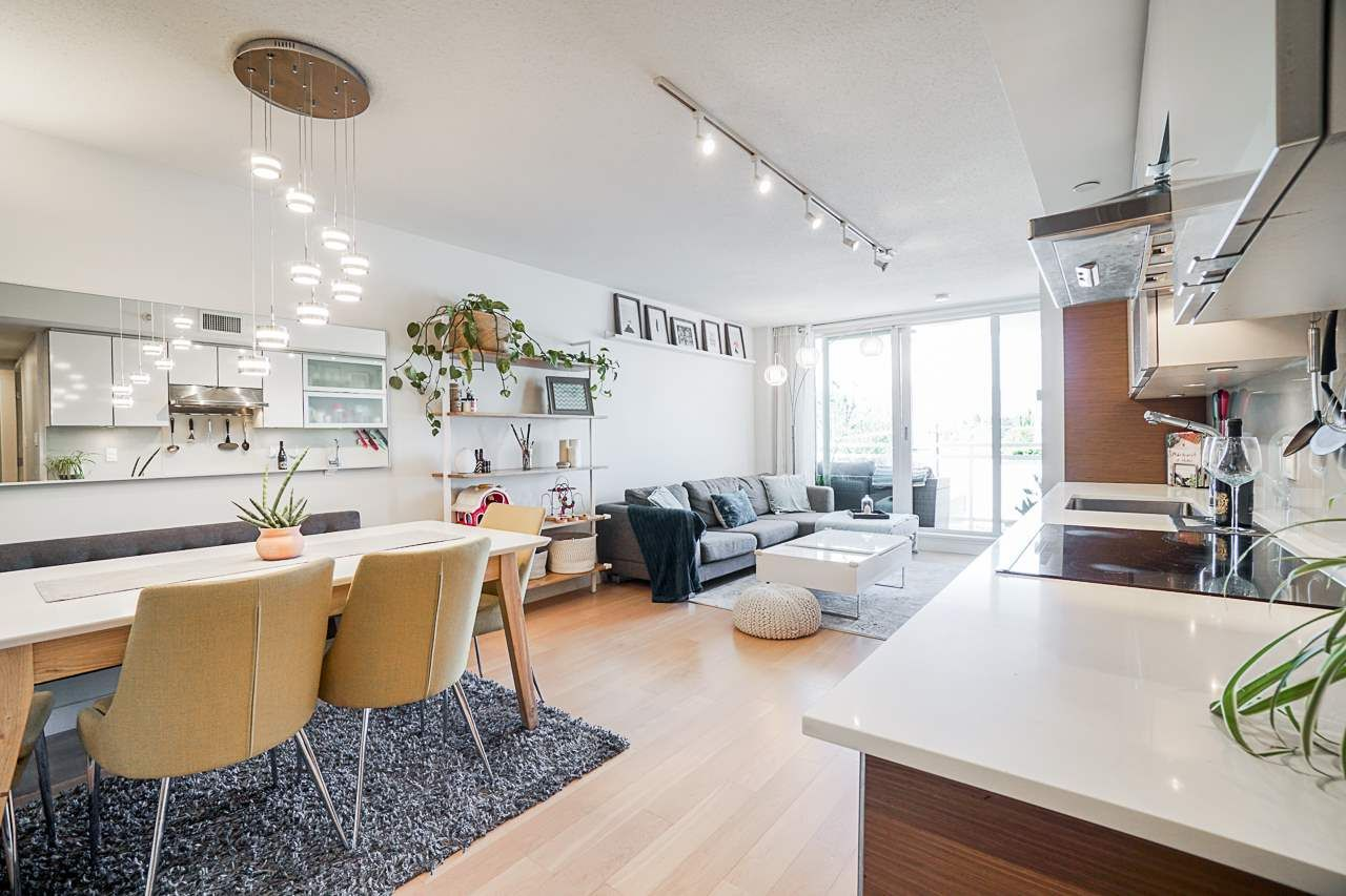 Main Photo: 412 1635 W 3RD AVENUE in Vancouver: False Creek Condo for sale (Vancouver West)  : MLS®# R2460525