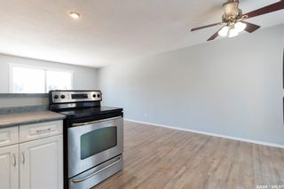 Photo 10: 709 Confederation Drive in Saskatoon: Confederation Park Residential for sale : MLS®# SK840783