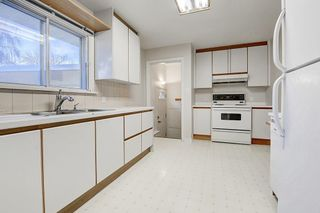 Photo 6: 2019 38 Street SW in Calgary: Glendale Detached for sale : MLS®# C4214802