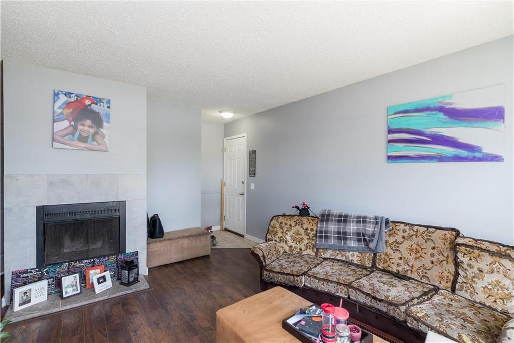 Photo 6: Photos: 749 Adsum Drive in Winnipeg: Maples Residential for sale (4H)  : MLS®# 202110731
