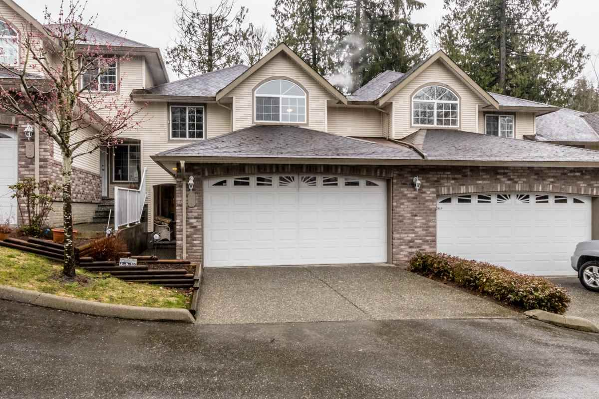 """Main Photo: 74 32777 CHILCOTIN Drive in Abbotsford: Central Abbotsford Townhouse for sale in """"Cartier Heights"""" : MLS®# R2150527"""