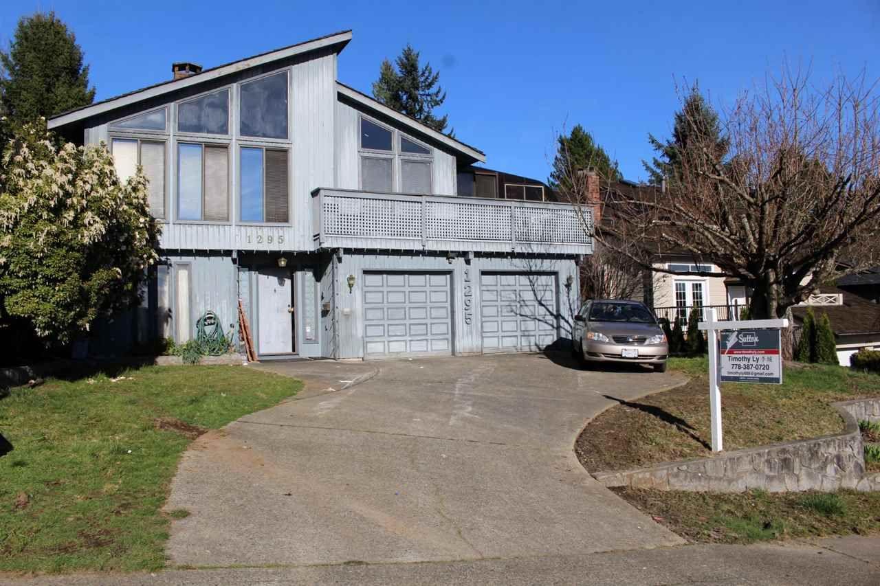 Main Photo: 1295 LANSDOWNE Drive in Coquitlam: Upper Eagle Ridge House for sale : MLS®# R2044705