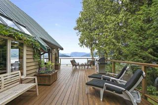 """Photo 17: 594 WALKABOUT Road: Keats Island House for sale in """"Melody Point"""" (Sunshine Coast)  : MLS®# R2387729"""