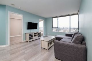 """Photo 5: 1509 5288 MELBOURNE Street in Vancouver: Collingwood VE Condo for sale in """"Emerald Park Place"""" (Vancouver East)  : MLS®# R2525897"""