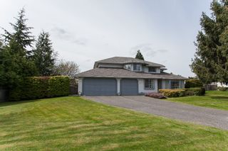Photo 4: 8361 143A Street in Surrey: Bear Creek Green Timbers House for sale : MLS®# R2161623