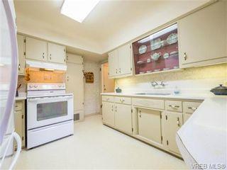 Photo 11: 1122 Munro St in VICTORIA: Es Saxe Point House for sale (Esquimalt)  : MLS®# 714401
