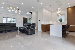 Photo 4: 2620 ADANAC Street in Vancouver: Renfrew VE House for sale (Vancouver East)  : MLS®# R2584945