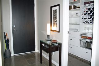 Photo 8: 703 2528 MAPLE Street in Vancouver: Kitsilano Condo for sale (Vancouver West)  : MLS®# R2147719
