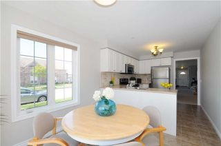 Photo 3: 1323 Wadebridge Crest in Oshawa: Eastdale House (Bungalow) for sale : MLS®# E3493027