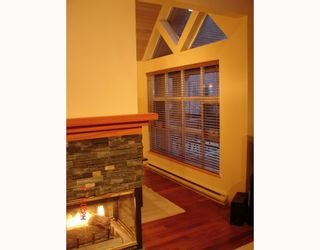 """Photo 4: 103 4865 PAINTED CLIFF Drive: Whistler Townhouse for sale in """"SNOWBIRD"""" : MLS®# V789469"""