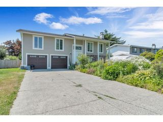 Photo 1: 35054 WEAVER Crescent in Mission: Hatzic House for sale : MLS®# R2599963
