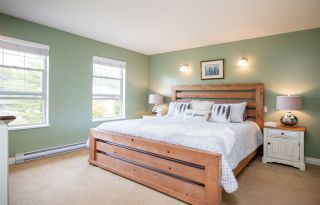 Photo 11: 334 E 16TH STREET in North Vancouver: Central Lonsdale House for sale : MLS®# R2317039