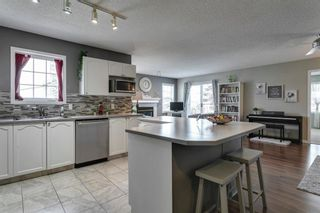 Photo 9: 1905 7171 COACH HILL Road SW in Calgary: Coach Hill Row/Townhouse for sale : MLS®# A1111553