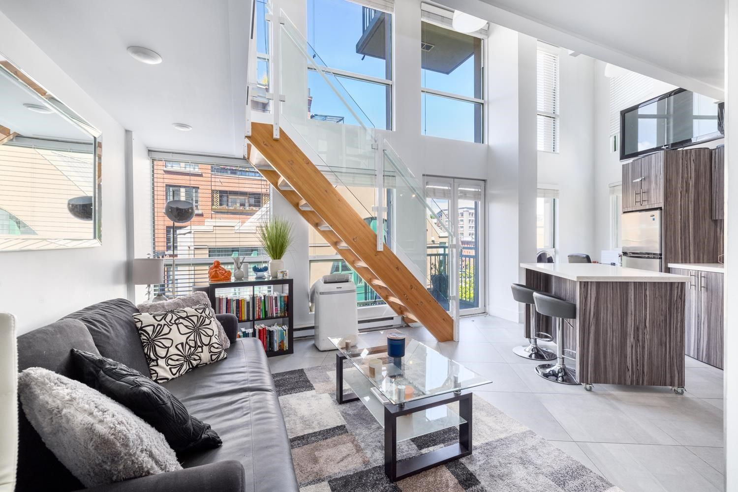"""Main Photo: 311 1 E CORDOVA Street in Vancouver: Downtown VE Condo for sale in """"Carral Station"""" (Vancouver East)  : MLS®# R2606790"""