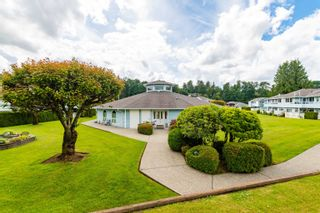 """Photo 30: 89 34959 OLD CLAYBURN Road in Abbotsford: Abbotsford East Townhouse for sale in """"Crown Point Villas"""" : MLS®# R2623831"""