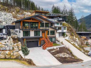 "Main Photo: 38580 HIGH CREEK Drive in Squamish: Plateau House for sale in ""Crumpit Woods"" : MLS®# R2547060"