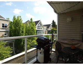 """Photo 9: 303 789 W 16TH Avenue in Vancouver: Fairview VW Condo for sale in """"SIXTEEN WILLOWS"""" (Vancouver West)  : MLS®# V774177"""