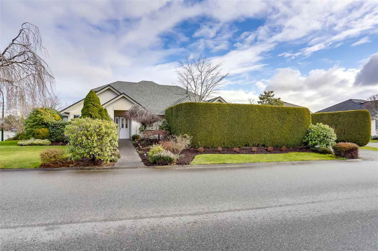 Main Photo: 5628 CLIPPER Road in Delta: Neilsen Grove House for sale (Ladner)  : MLS®# R2533621