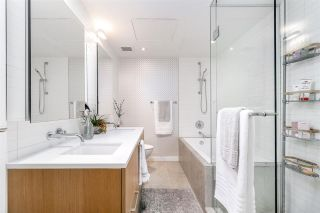 """Photo 7: 750 W 6TH Avenue in Vancouver: Fairview VW Townhouse for sale in """"SIXTH + STEEL"""" (Vancouver West)  : MLS®# R2313387"""