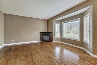 Photo 3: 45 PROMINENCE Park SW in Calgary: Patterson Semi Detached for sale : MLS®# C4249195