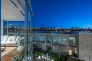 """Photo 1: 301 1560 HOMER Mews in Vancouver: Yaletown Condo for sale in """"The Erickson"""" (Vancouver West)  : MLS®# R2618020"""
